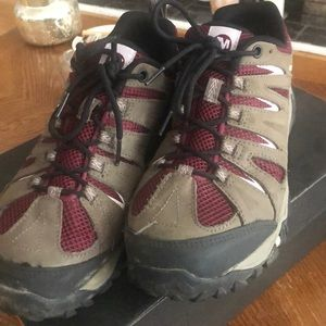 Mojave Merrill Hiking Shoes - 9.5